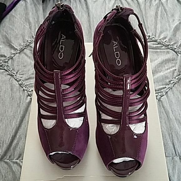 a0d253d7c11 Purple strappy booty by aldo